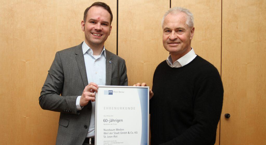 v.l.n.r. Mario Klein (Bereichsleiter Industrie, Steuern, Konjunktur der IHK Rhein-Neckar), Klaus Nussbaum (Inhaber und Geschäftsführer Nussbaum Medien)